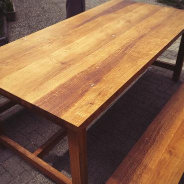 Passion Bois Table-en-chêne-massif-huilé-2-bancs-en-chêne-massif-huilé